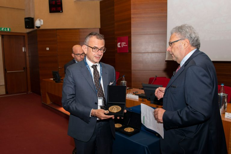 Prix Galien Italia 2019 /  Il sistema di monitoraggio della glicemia di Abbott vince il premio per dispositivi medici innovativi