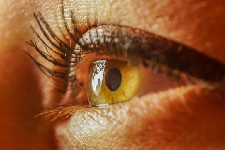 """""""Ocular Route""""  nell'infezione da SarsCov-2: nuove scoperte dall'Istituto Spallanzani di Roma."""